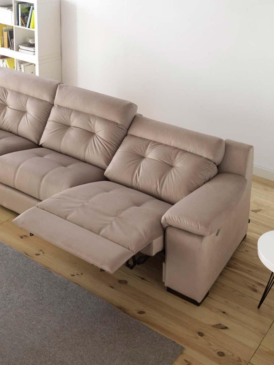 Sofá con asientos reclinables en Pamplona